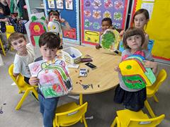 Iora Rua Class - Learning about School in School!!